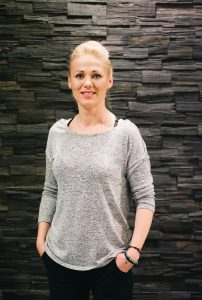 Anca Savanyu - Stylist